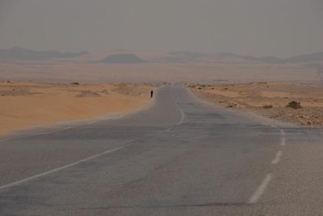 جاده بیابان