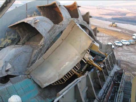بزرگترین ماشین بیل مکانیکی و بولدوزر