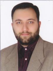 کامران اویسی کارشناس علوم قران و حدیث و علوم اسالمی و قاری فرهیخته و مدرس قران کریم و مسلط به عربی و انگلیسی