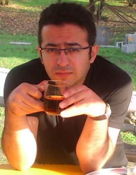 کاظم بهمنی