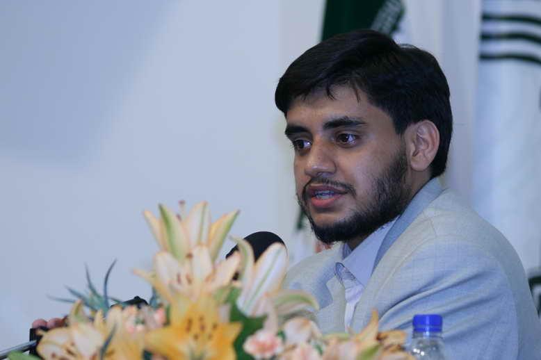 تصویر سخنرانی آقای روح الله تولایی در نخستین دوره آموزشی پژوهشی مدیریت اسلامی