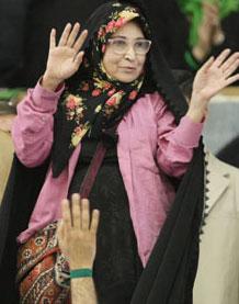 زهرا رهنورد ـ همسر مهندس موسوی