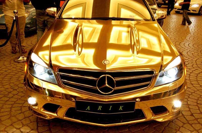 بنز طلایی در دبی